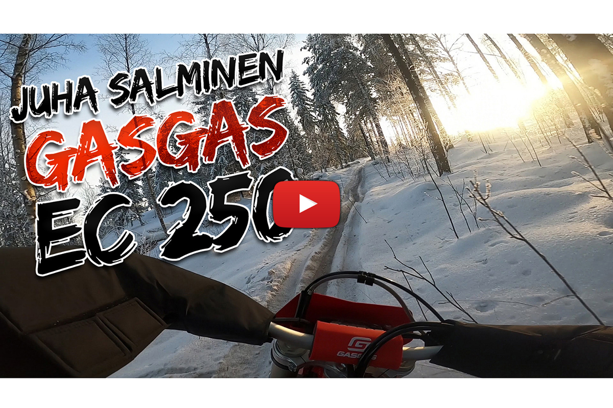 Juha Salminen blasting a 2021 GASGAS EC 250 two-stroke in the snow